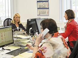 Individuelle Beratung: Blick in den Telefonverkauf.
